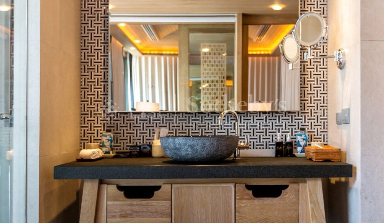 List-Sotheby-Thailand-BabaBeachClub-Phuket-Two-Bedroom-PoolVilla-for-sale-Bathroom (2)_1800x1200_display