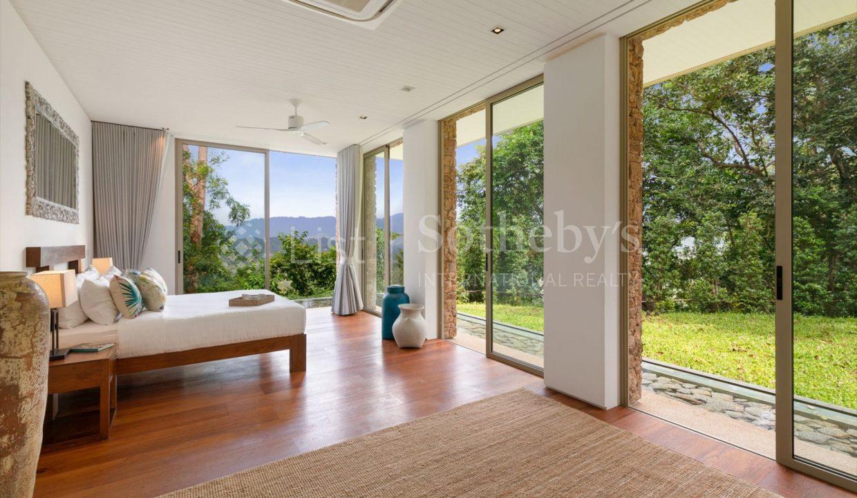 List-Sothebys-International-Realty-Five-Islands-Estate-bedroom8_1800x1200_display