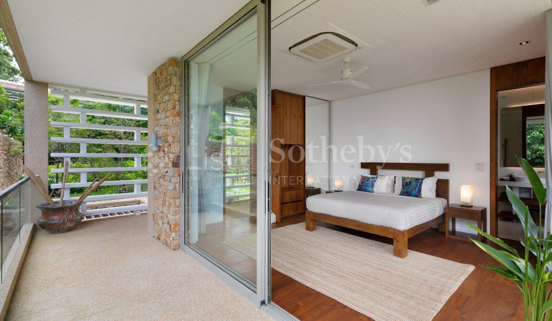 List-Sothebys-International-Realty-Five-Islands-Estate-bedroom9_1800x1200_display