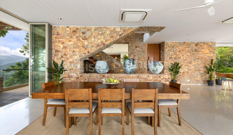 List-Sothebys-International-Realty-Five-Islands-Estate-interior13_1800x1200_display