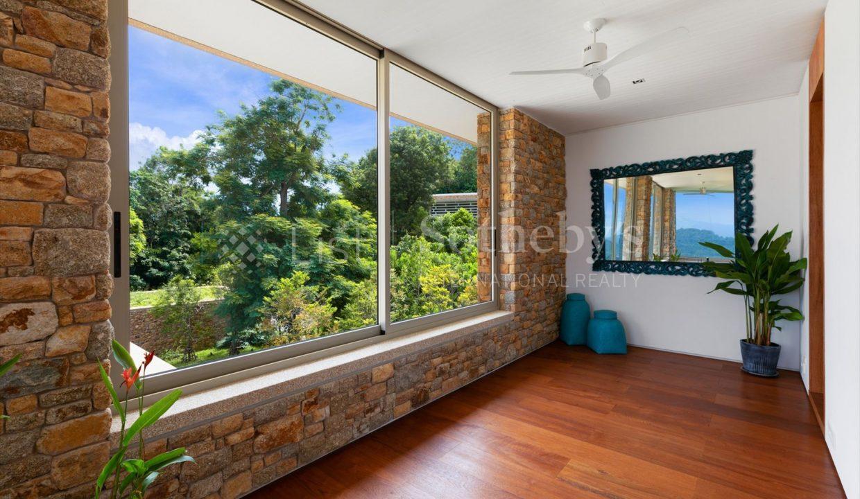 List-Sothebys-International-Realty-Five-Islands-Estate-interior21_1800x1200_display