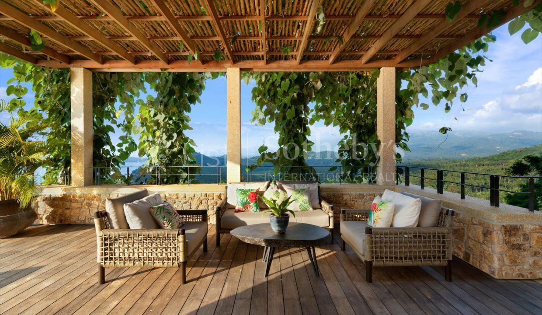 List-Sothebys-International-Realty-Five-Islands-Estate-outdoor1_1800x1200_display