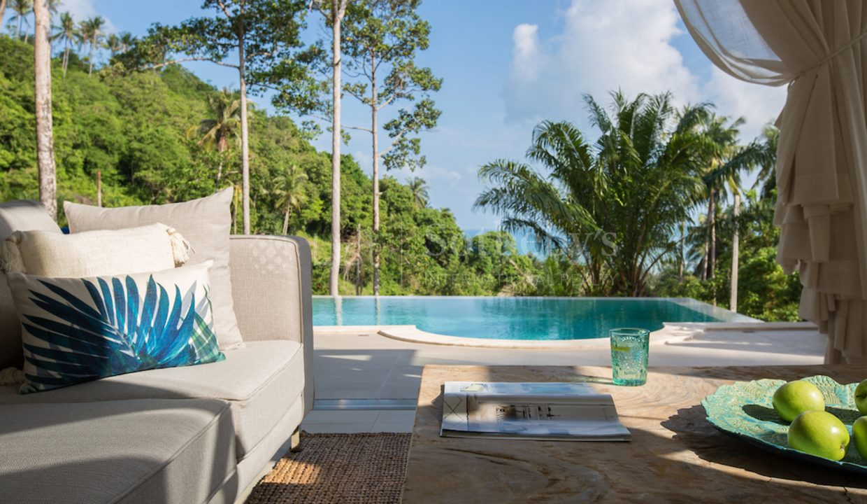 List-Sothebys-International-Realty-Villa-for-sale-Oasis-Bijou-Samui-livingroom-03