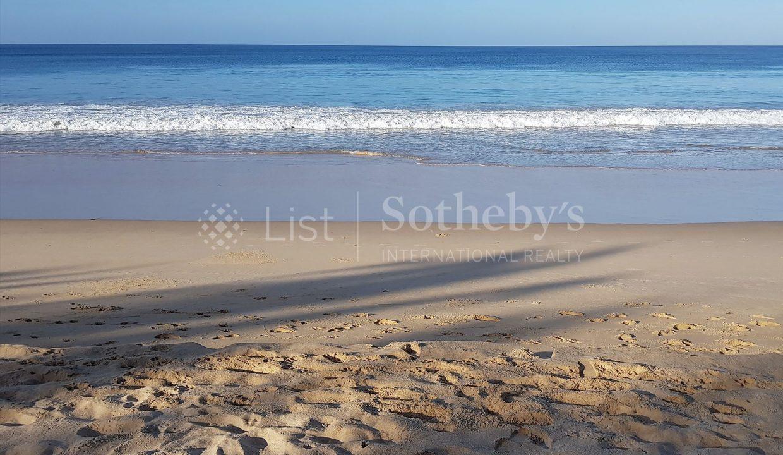 List-Sothebysrealty-Thailand-Phangnga-Natai-Villa-for-sell-Veyla-natai-beach_1800x1200_display