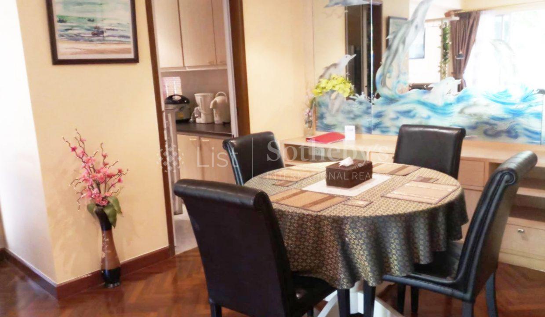list-sothebys-international-realty-thailand-condo-for-rent-Baan-Sansaran-Condominium-livingroom-02