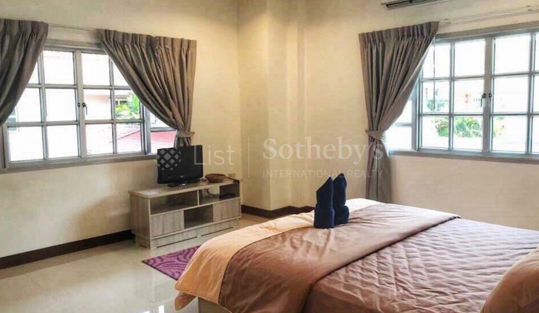 list-sothebys-international-realty-thailand-condo-for-sale-Villa-Pattaya-bedroom