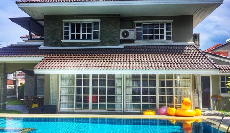 list-sothebys-international-realty-thailand-condo-for-sale-Villa-Pattaya-pool-02