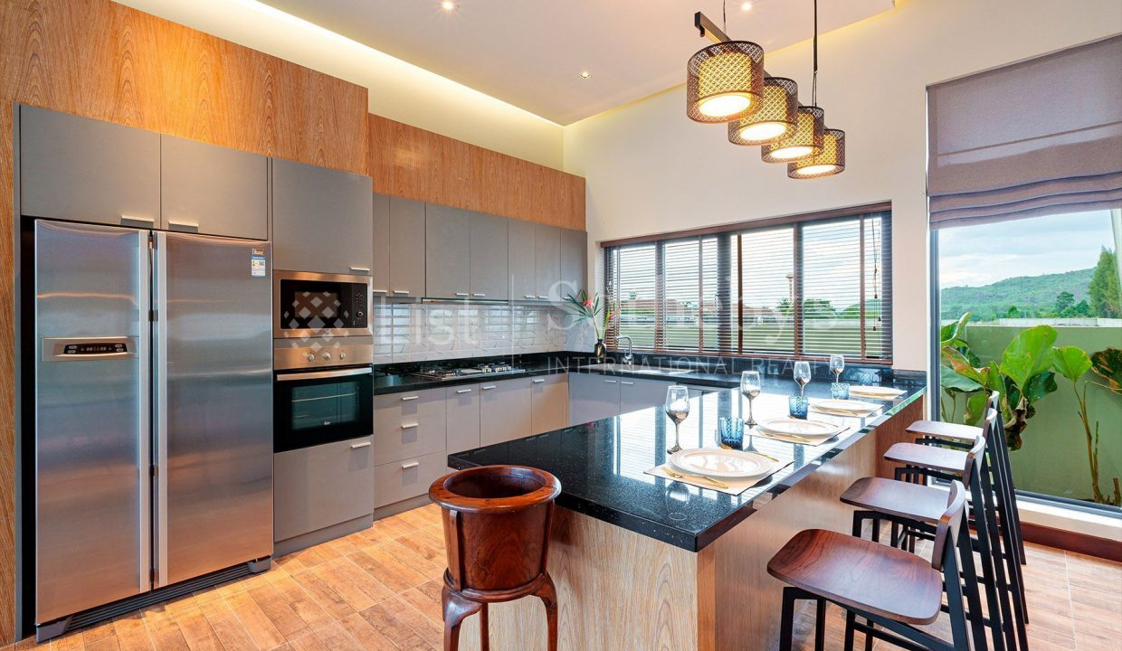 list-sothebys-international-realty-thailand-house-for-sell-Panorama-Villa-Kao-Tao-kitchen_1800x1200_display