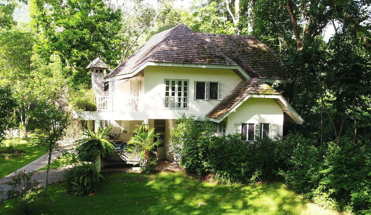 list-sothebys-international-realty-thailand-house-for-sell-T&M-Hangdong-Chiangmai-exterior-03_1800x1200_display