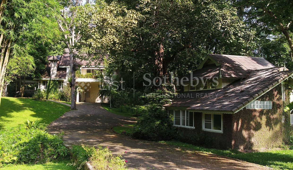 list-sothebys-international-realty-thailand-house-for-sell-T&M-Hangdong-Chiangmai-garden-08_1800x1200_display