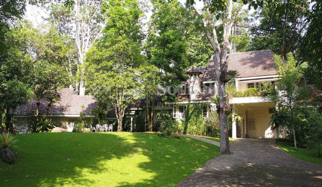 list-sothebys-international-realty-thailand-house-for-sell-T&M-Hangdong-Chiangmai-garden_1800x1200_display